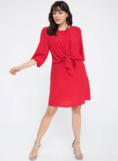DeFacto Önü Bağlama Detaylı Şık Elbise Kırmızı